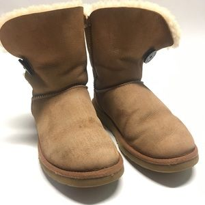 Bailey Button UGG sz 7